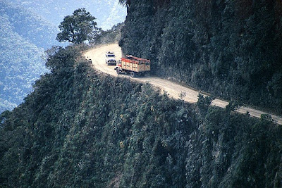 World's Scariest Roads Seen On www.coolpicturegallery.net