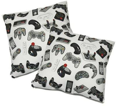 İlginç Yastık Tasarımları Funny-pillows-56