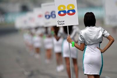 http://4.bp.blogspot.com/_mmBw3uzPnJI/S_u-kPTSknI/AAAAAAABSJs/VllDsFQENAg/s1600/Formula1_Pit_Babes_59.jpg