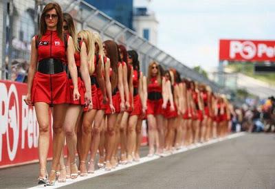 http://4.bp.blogspot.com/_mmBw3uzPnJI/S_vAgSf9_0I/AAAAAAABSO0/qJYqu_efG2M/s1600/Formula1_Pit_Babes_18.jpg