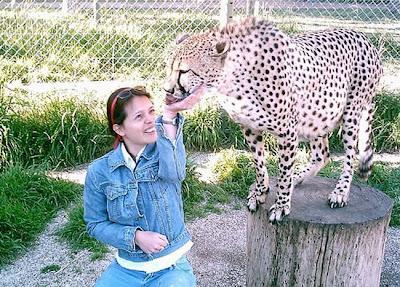 Kebun Binatang Paling Berbahaya di Dunia - Lujan Zoo37