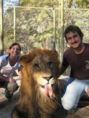 Kebun Binatang Paling Berbahaya di Dunia - Lujan Zoo7