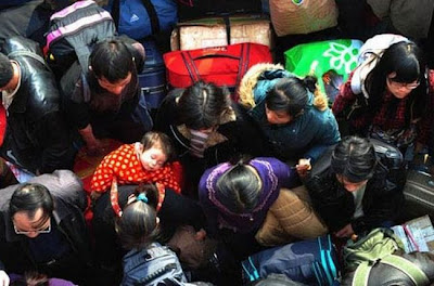 crowded train stations in china 09 Inilah Antrian Terpanjang di Dunia !