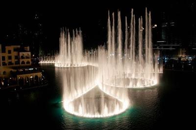 water fountain in burj