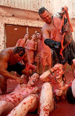 Tomatina Tomato Fight 2010 Seen On www.coolpicturegallery.net
