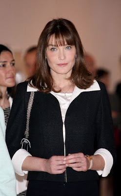 The Official Carla Bruni  Facelift Timeline Seen On www.coolpicturegallery.net