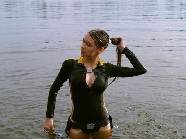 http://4.bp.blogspot.com/_mmBw3uzPnJI/TLVx_xqpxqI/AAAAAAABq6k/HF-KHzQjMs8/s1600/lara_croft_cosplay_24.jpg