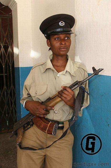 Dominican Republic Police Woman