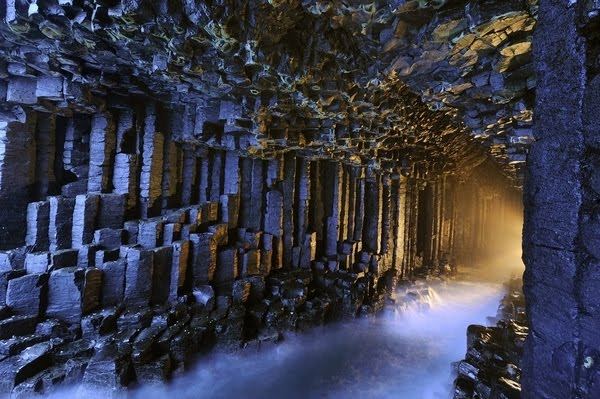 Pećine - Page 2 Most_beautiful_caves_36