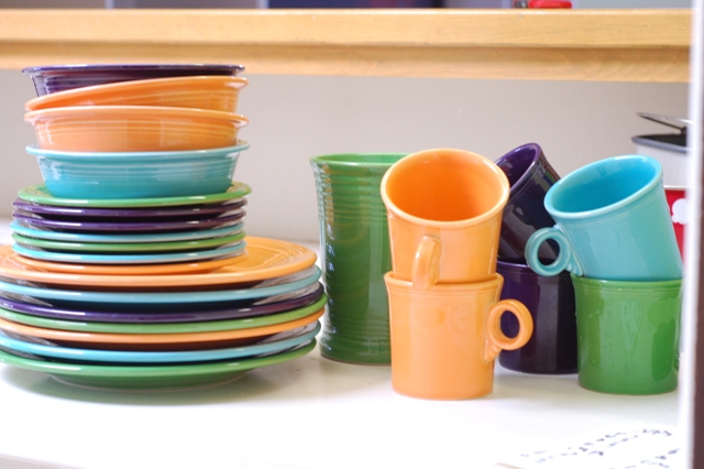 do any of you collect fiesta plates i love that you can play around with the different colors and it would be a fun way - Fiesta Plates