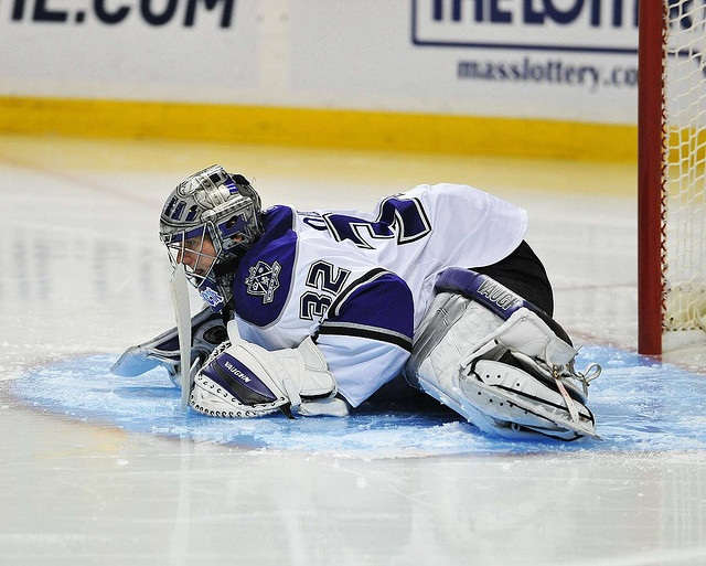 I Love Goalies Yoga And Pilates Aid Puck Stoppers In The Nhl