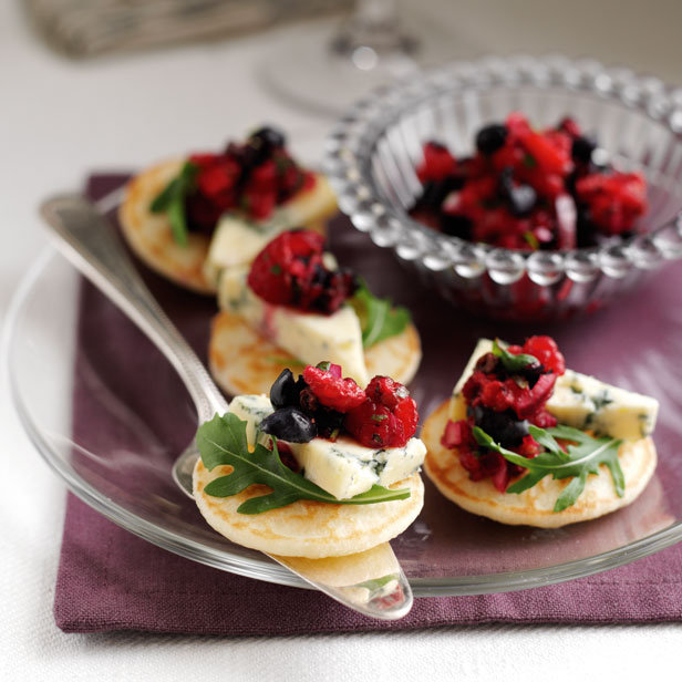 A chi chi affair merry christmas all and fabulous friday food for Easy cold canape ideas