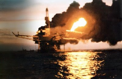 Amazing Top 10 Most Expensive Accidents in History Piper-Alpha-Oil-Rig