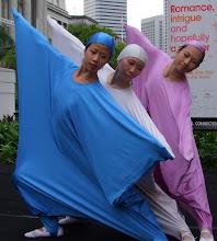 Beanbag dancers2