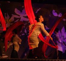 Ribbon dancers6