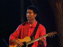 Guitarist3