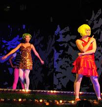 Pop dancers3