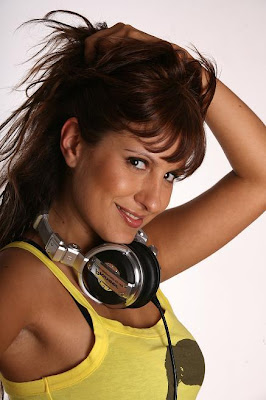 DJ Mariana Couto