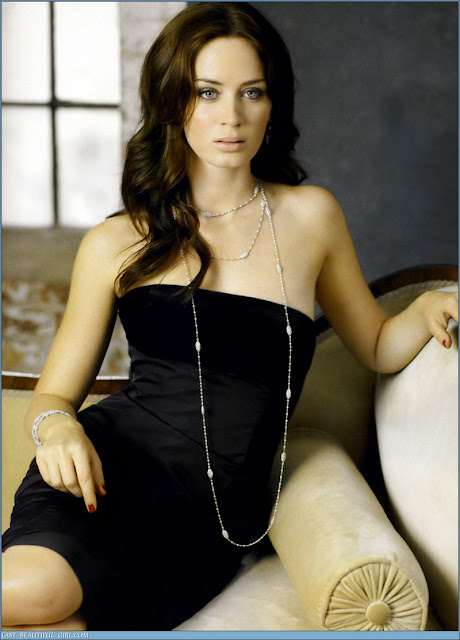 UK actress Anna Friel - beautiful girls