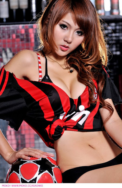 Play Soccer With Xiao Wei - beautiful girls