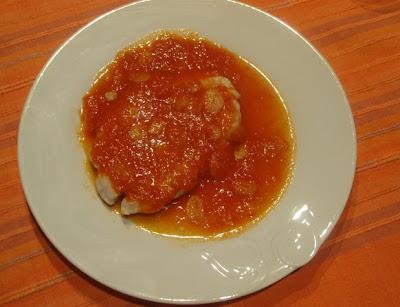 pechuga con salsa de tomate
