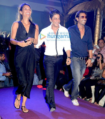 Shahrukh Khan and Arjun Rampal rock KKR-RR IPL bash image