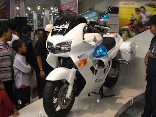 Honda FZR for Police
