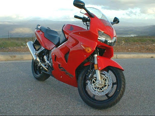 Honda VfR red wallpapper