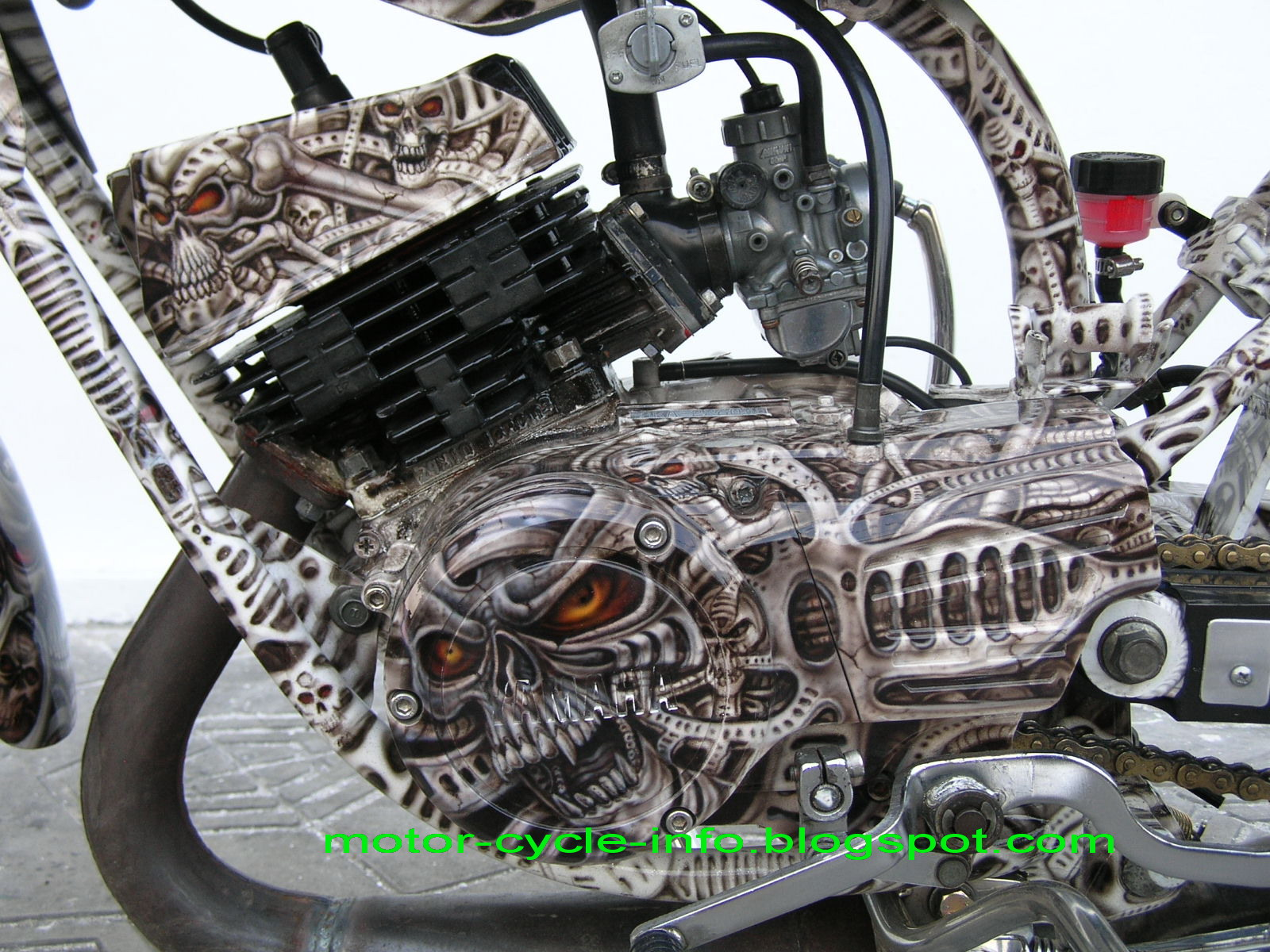 machine airbrush rx king with skull theme make yamaha RX king more  title=