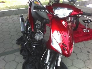 modifikasi motor yamaha mio red airbrush color