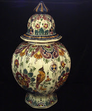Large Velsen polychrome lidded jar