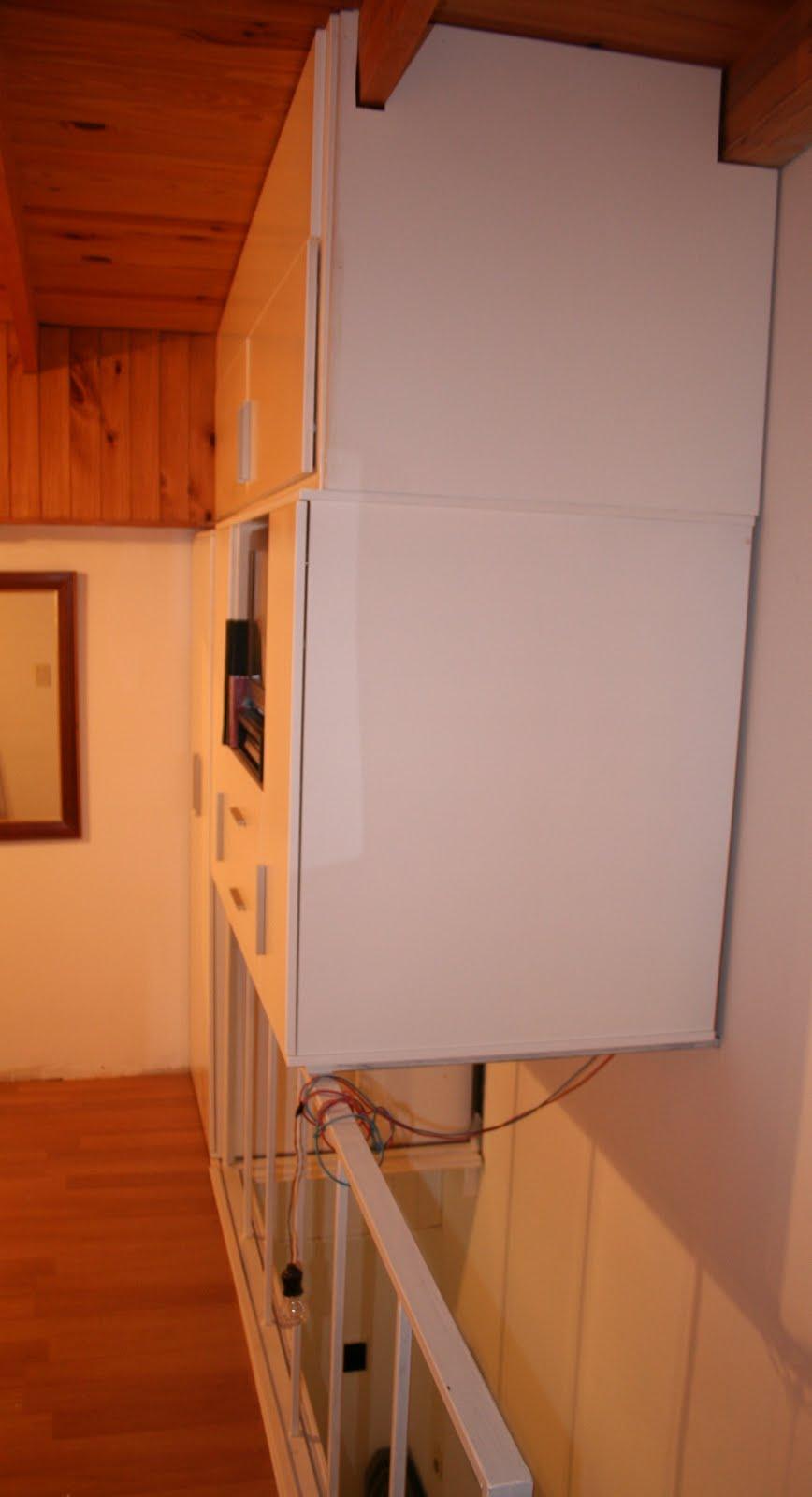 Muebles a medida tandil placard baulera sobre escalera para dpto duplex - Escaleras para duplex ...