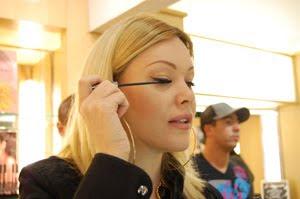 The arriviste shanna moakler 39 s smoak cosmetics for Arriviste definition