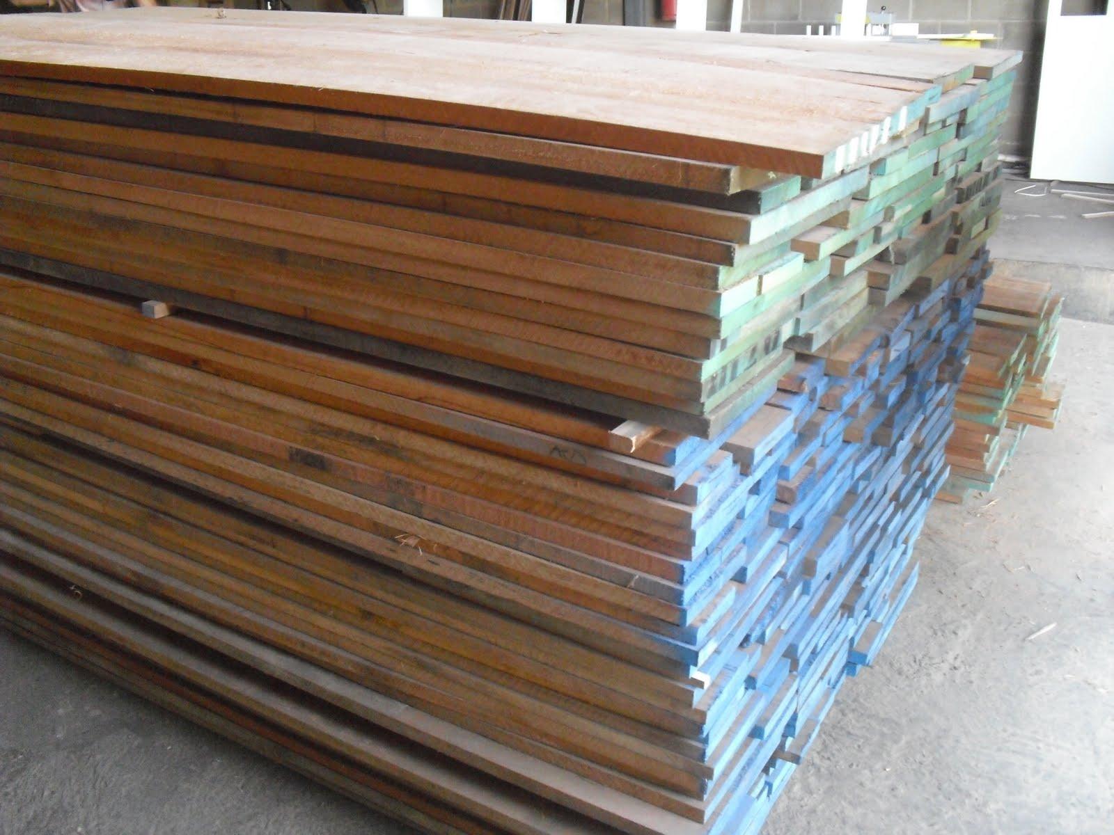 Madeira tipo exportação utilizada nos móveis janelas e portas da  #2E6F9D 1600x1200