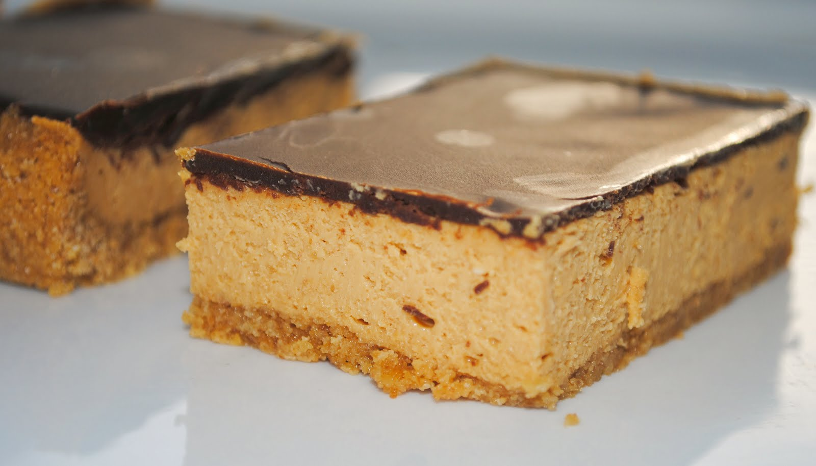 Homemade By Holman: Dulce de Leche Cheesecake Bars
