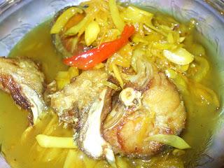 Life Ramblings: Nyonya Acar Fish (Fish Pickle)