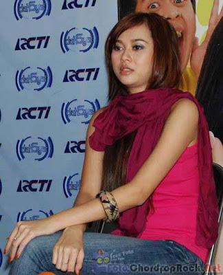 Foto Aura Kasih (Hot Picture)