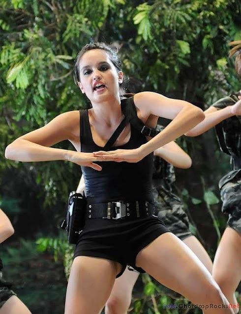 Foto Hot Cinta Laura (Tomb Raider Style)