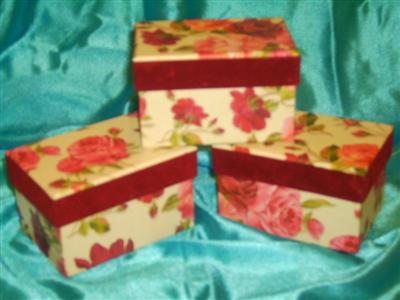 Cutie cadouri dreptunghiulara-1buc=6ron,2buc=11ron,3buc=16ron