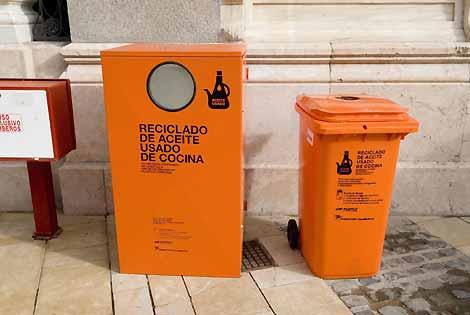Villaytierra sigloxxii llega el contenedor naranja - Aceite usado de cocina ...