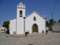 Igreja de Alferce. Clique em cima da imagem!