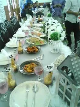 Lauk meja beradab