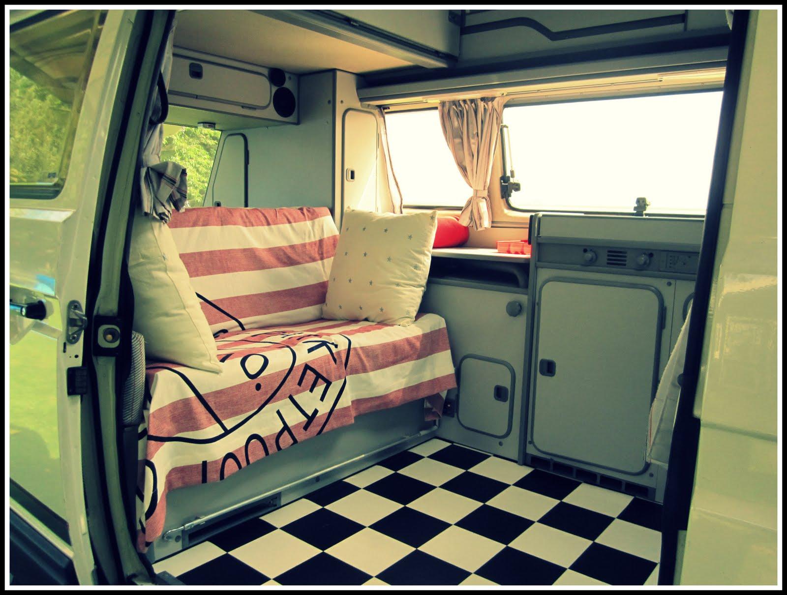 Ilovemyhouse august 2010 for Vw camper van interior designs