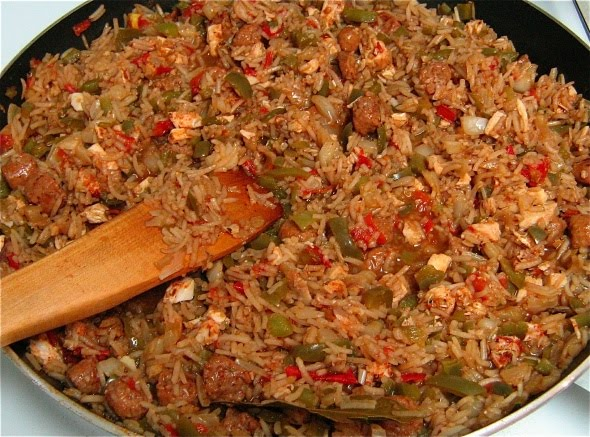 Jambalaya with Sausage, Chicken, Shrimp and Creole Spices ...