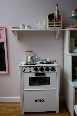 brio kjokkenvask hvit  : jordb?rpiken: Lekekj?kken