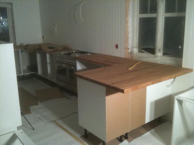 Jordbærpiken: kjøkkenet med dårlig benkeplate