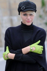 gloves style fashion