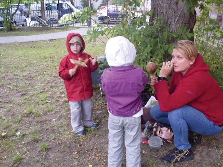Szukamy dźwięków ptaków, Czarodziejskie zaklęcia, a oto jedno z nich: Hop. Złote pióro!!!