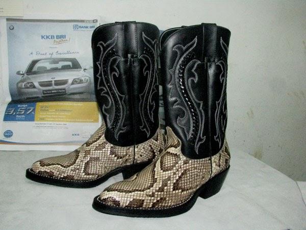 Product Kerajinan Sepatu Dari Kulit Ular Asli - Product ...