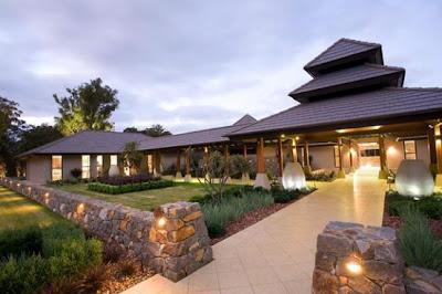 Acceso a la casa resort diseño Zen